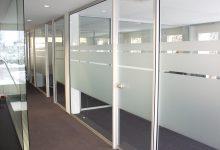 Sandstrahleffektfoliendekor Büroverglasung